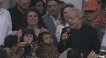 O ex-presidente discursou por cerca de 15 minutos