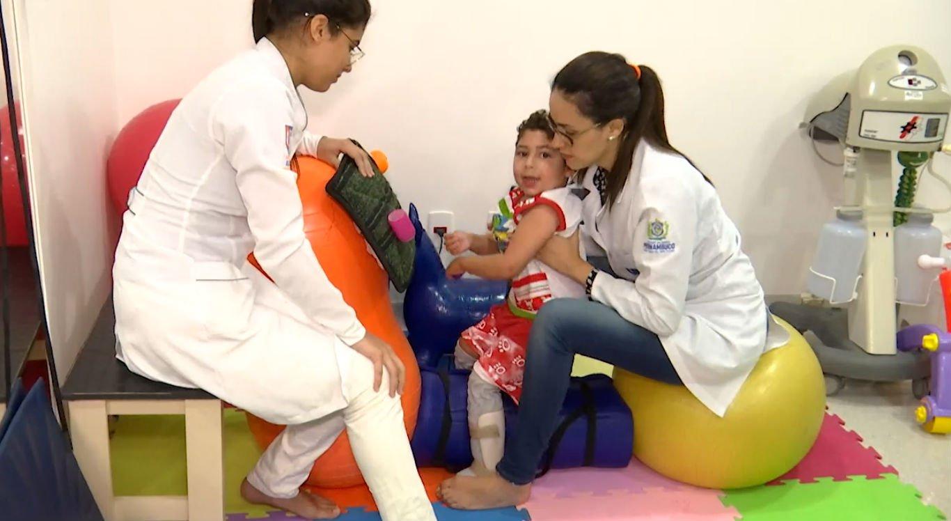 Crianças com microcefalia têm direito a benefício