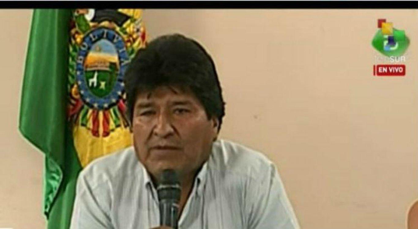 Morales fez o pronunciamento em transmissão de televisão