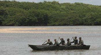 A praia de Sirinhaém foi a primeira a receber os fuzileiros navais