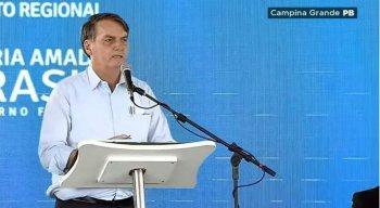 Jair Bolsonaro em discurso no município de Campina Grande, na Paraíba