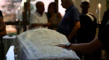 O velório e enterro aconteceu no cemitério Morada da Paz
