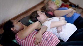 As mulheres grávidas devem ser afastadas de imediato de toda atividade insalubre, em qualquer grau