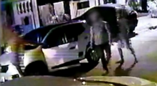 Policial militar é assaltado em Jardim São Paulo; veja vídeo