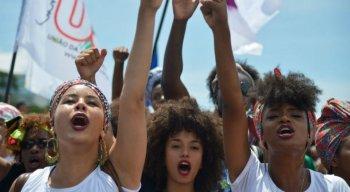 Segundo o levantamento, a violência vivenciada na escola também atinge mais os negros do que os brancos