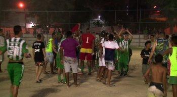 Após o apito final, o time do Pelotas comemorou a ida às quartas de final da competição