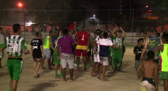 Pelotas faz 2 a 0 no Onze Velozes e avança no Recife Bom de Bola