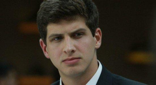 Candidato à Prefeitura do Recife, João Campos (PSB), participa de sabatina na TV Jornal