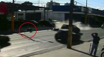 O acidente foi filmado por um telespectador