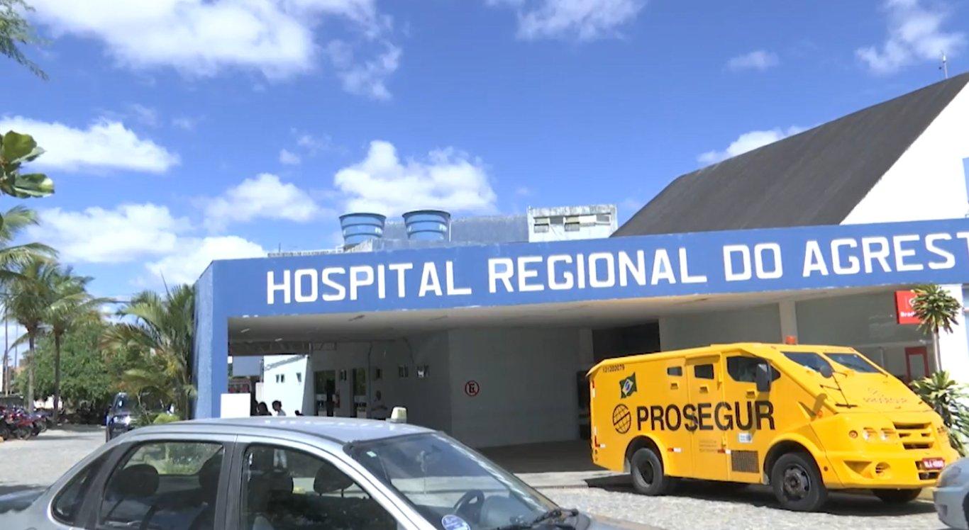 Banheiros estão no setor de hemodiálise do Hospital