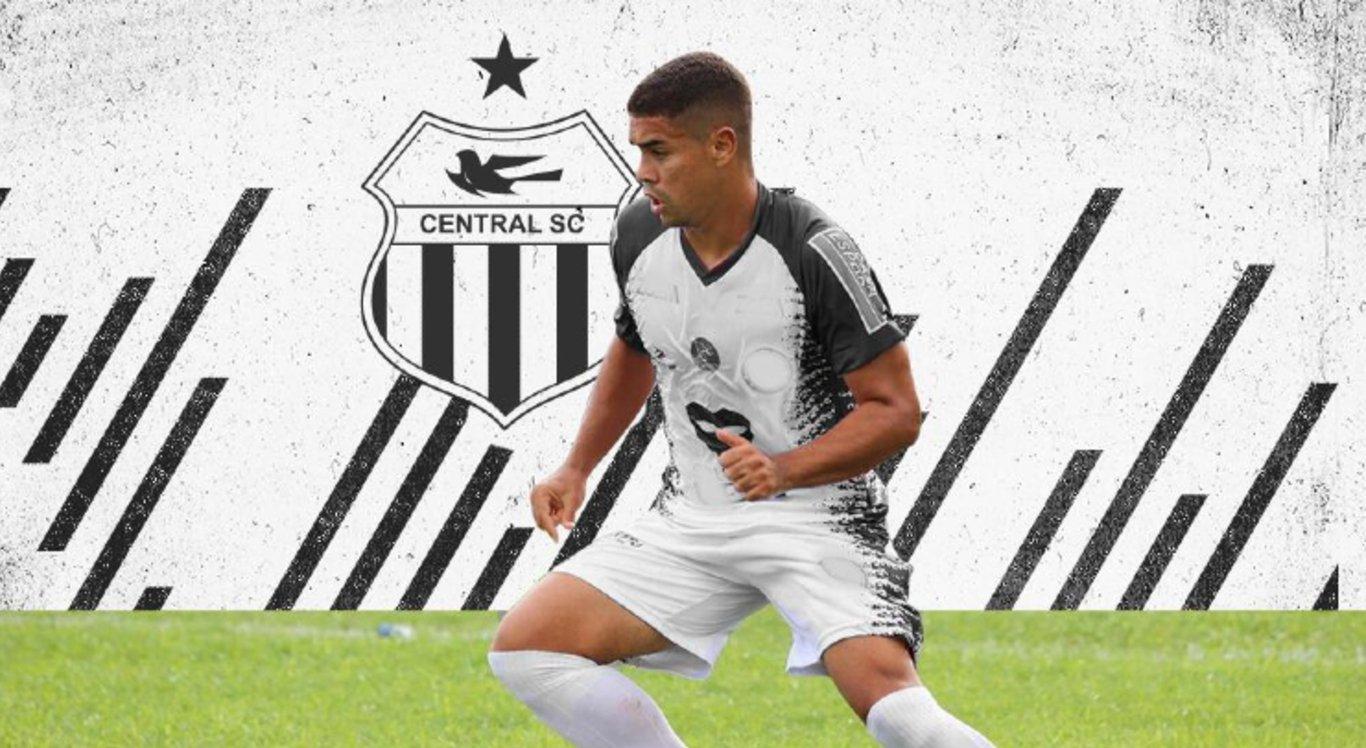 Vitor Ferreira chega ao Central Sport Club para a temporada 2020.