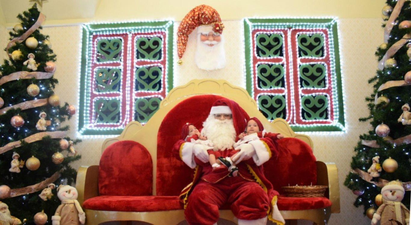 Papai Noel de Garanhuns já chegou a receber mil pessoas após o desfile