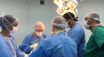A Operation Walk Chicago reúne os melhores nomes e os maiores esforços humanitários da comunidade ortopédica internacional