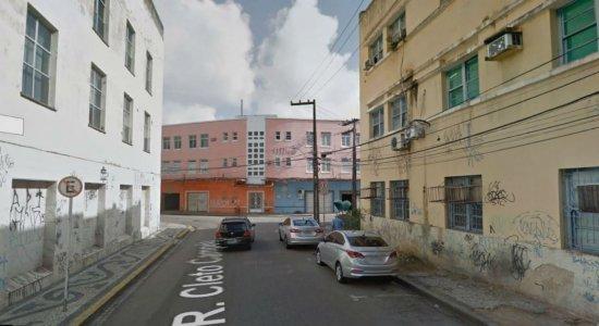 Princípio de incêndio no Recife causa transtornos e mulher passa mal