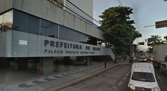 Quatro linhas de ônibus mudam itinerário para passar na Prefeitura do Recife