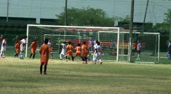 O jogo aconteceu no campo de treinamento da Ilha do Retiro