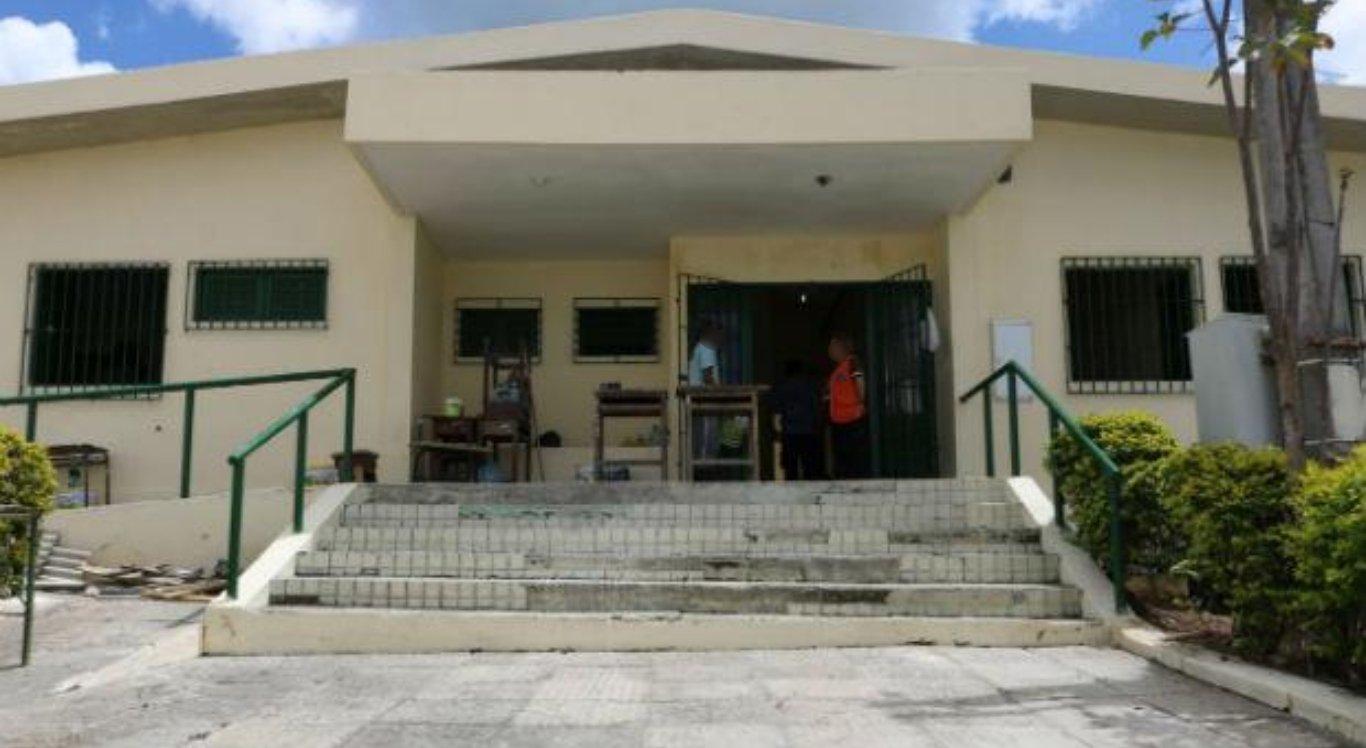 Mulher teria tentando entregar droga a filho que estava na cadeia pública de Garanhuns
