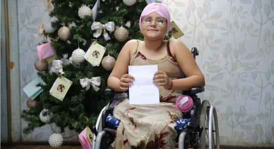 Pacientes com câncer fazem cartas com pedidos de Natal; veja como doar