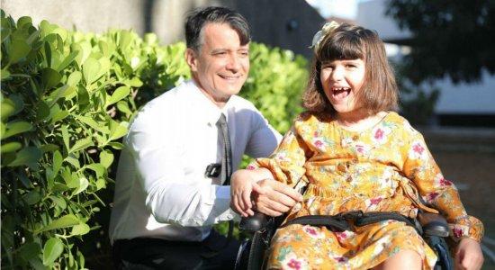 Dois anos depois do acidente na Tamarineira, pai e filha são exemplos de superação