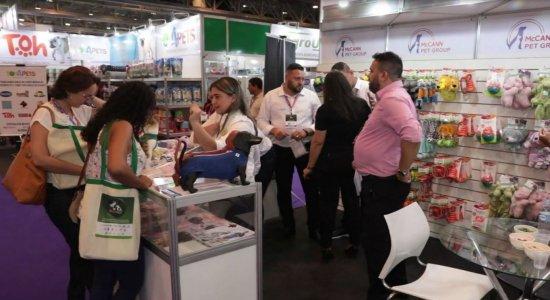 Feira oferece serviços para animais de estimação no Centro de Convenções de Pernambuco