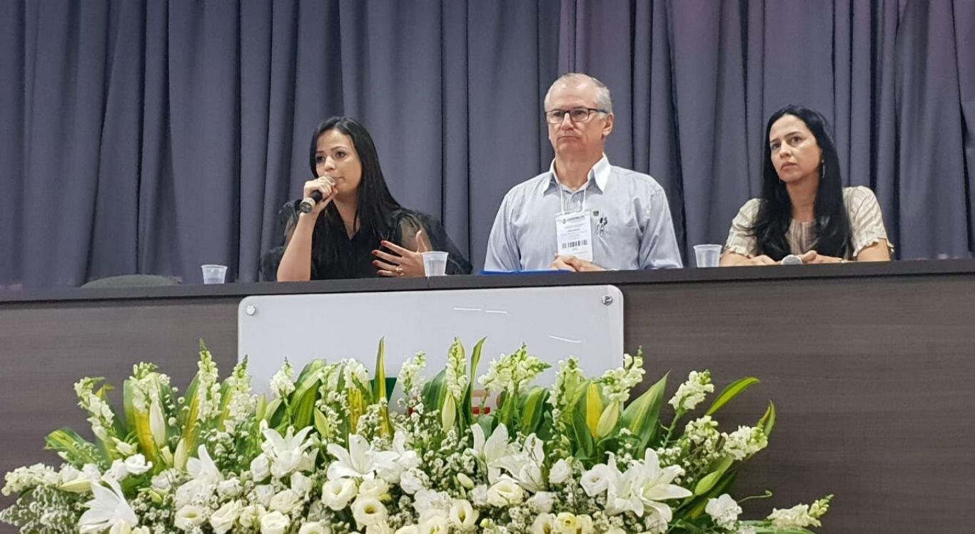 Secretária de Saúde do município, Márcia Conrado, discursou durante o encontro