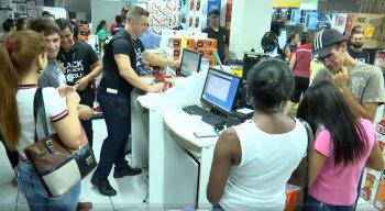 Descontos que chegam a 70% podem ser encontrados em diversas lojas