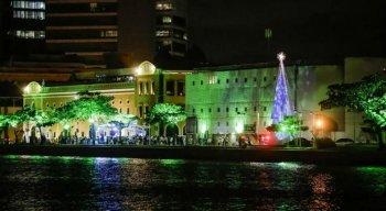 Ápice da festa, neste domingo, será a inauguração da árvore de Natal, no Cais da Alfândega