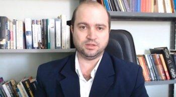 O maestro Dante Mantovani tem várias teorias polêmicas sobre Beatles, Elvis Presley e o Rock And Roll