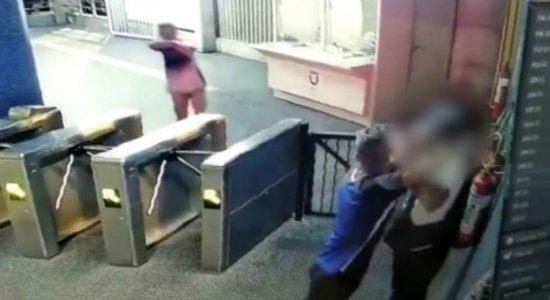 Criminosos assaltam mais um vigilante no Metrô do Recife; veja vídeo