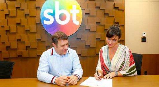 Glenda Kozlowski assina contrato com o SBT