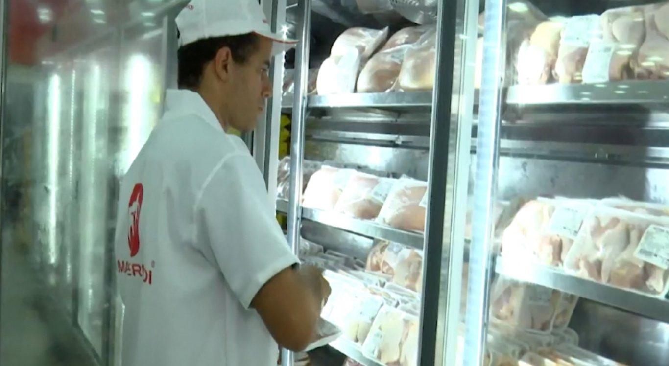 Frango tem sido a principal opção de compra devido o aumento no preço da carne