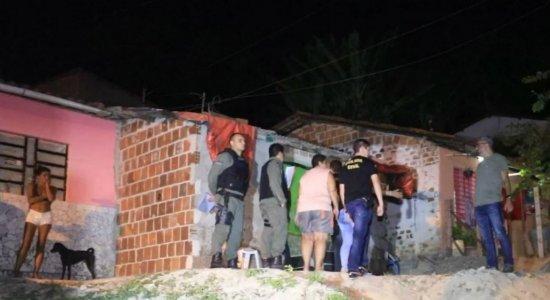 Jovem é morto a tiros enquanto dormia na casa da mãe em Jaboatão