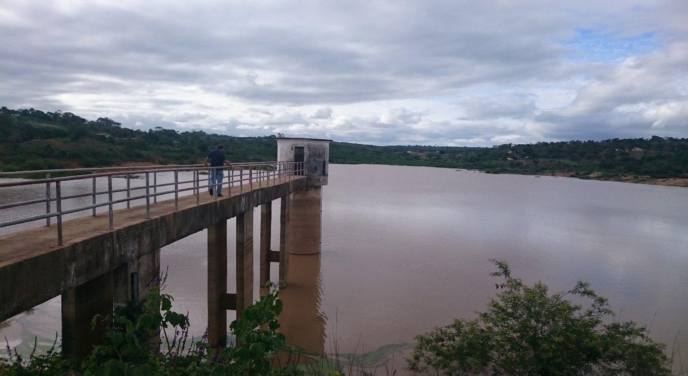 Barragem que atende Buíque entra em colapso