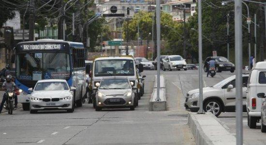 Confira o esquema de reforço de linhas de ônibus para a Festa do Morro