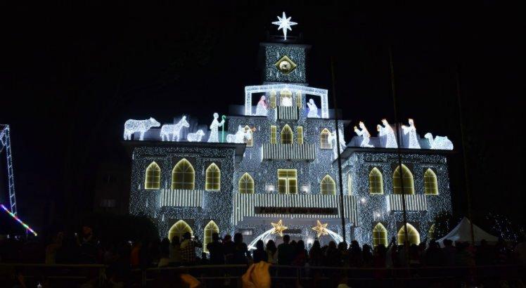 A caminhada do bom velhinho, no centro de Garanhuns, é a grande sensação do Natal da cidade