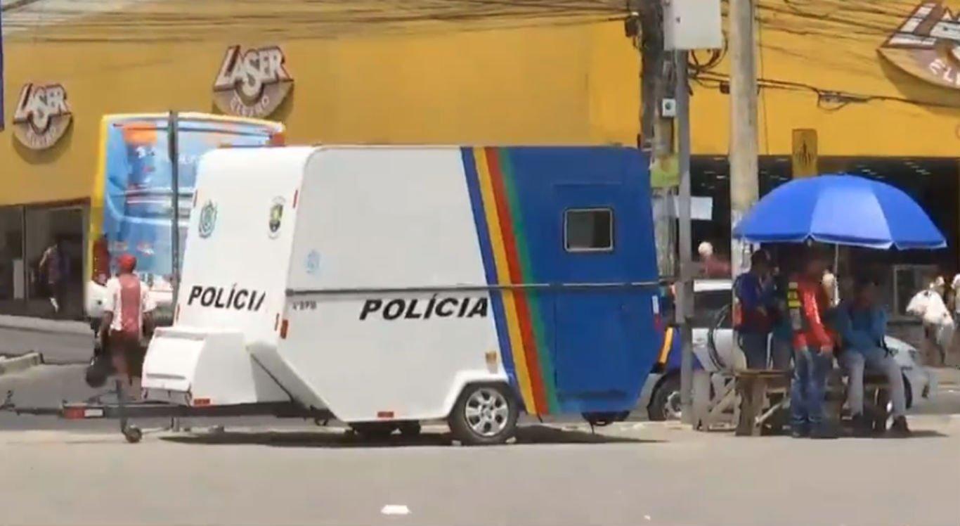 Trailer da Polícia Militar foi reativado no Marco Zero de Caruaru