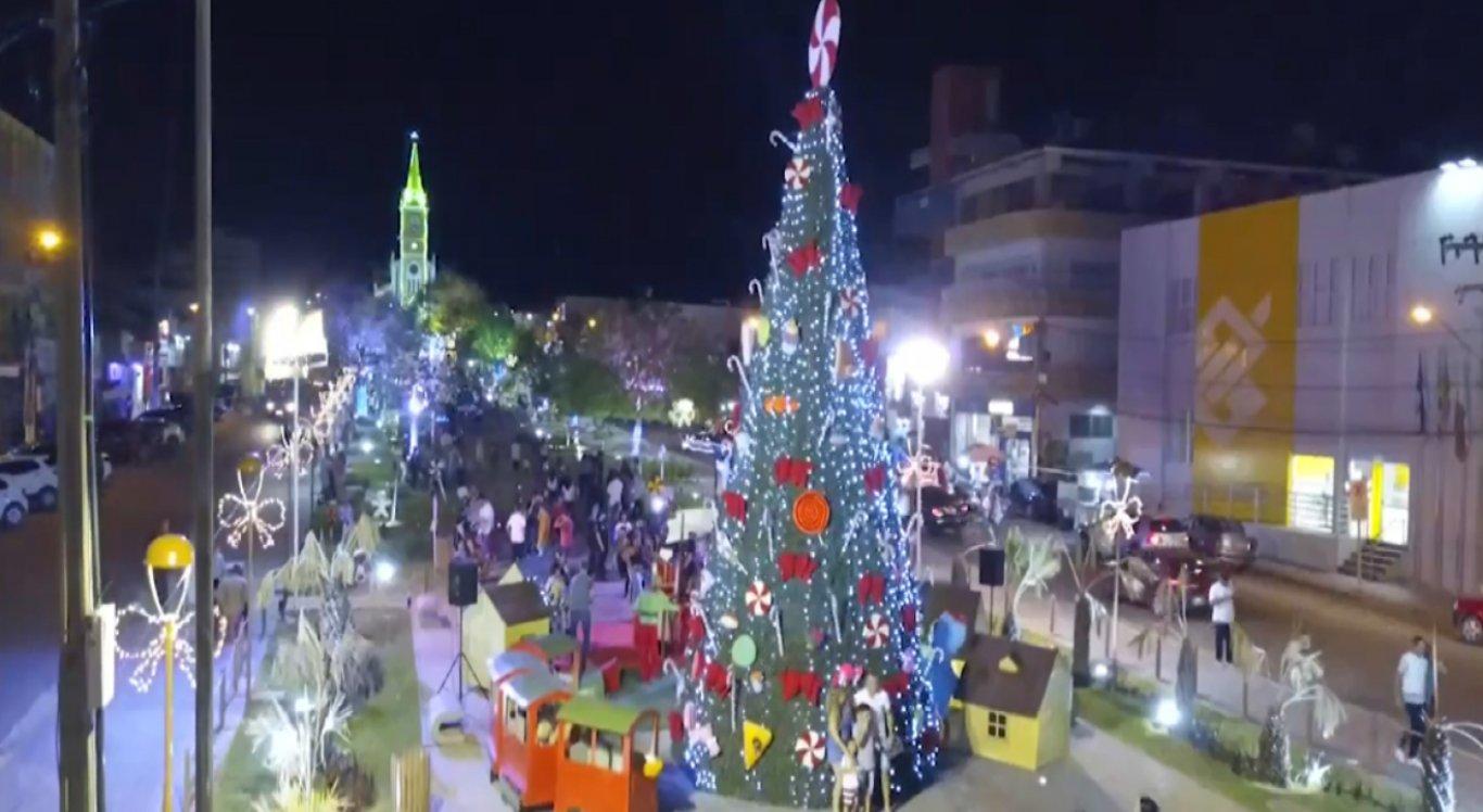"""Evento teve como tema das decorações """"Uma Doçura de Natal"""""""