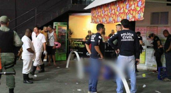 Homem é morto a tiros dentro de bar em Jaboatão dos Guararapes