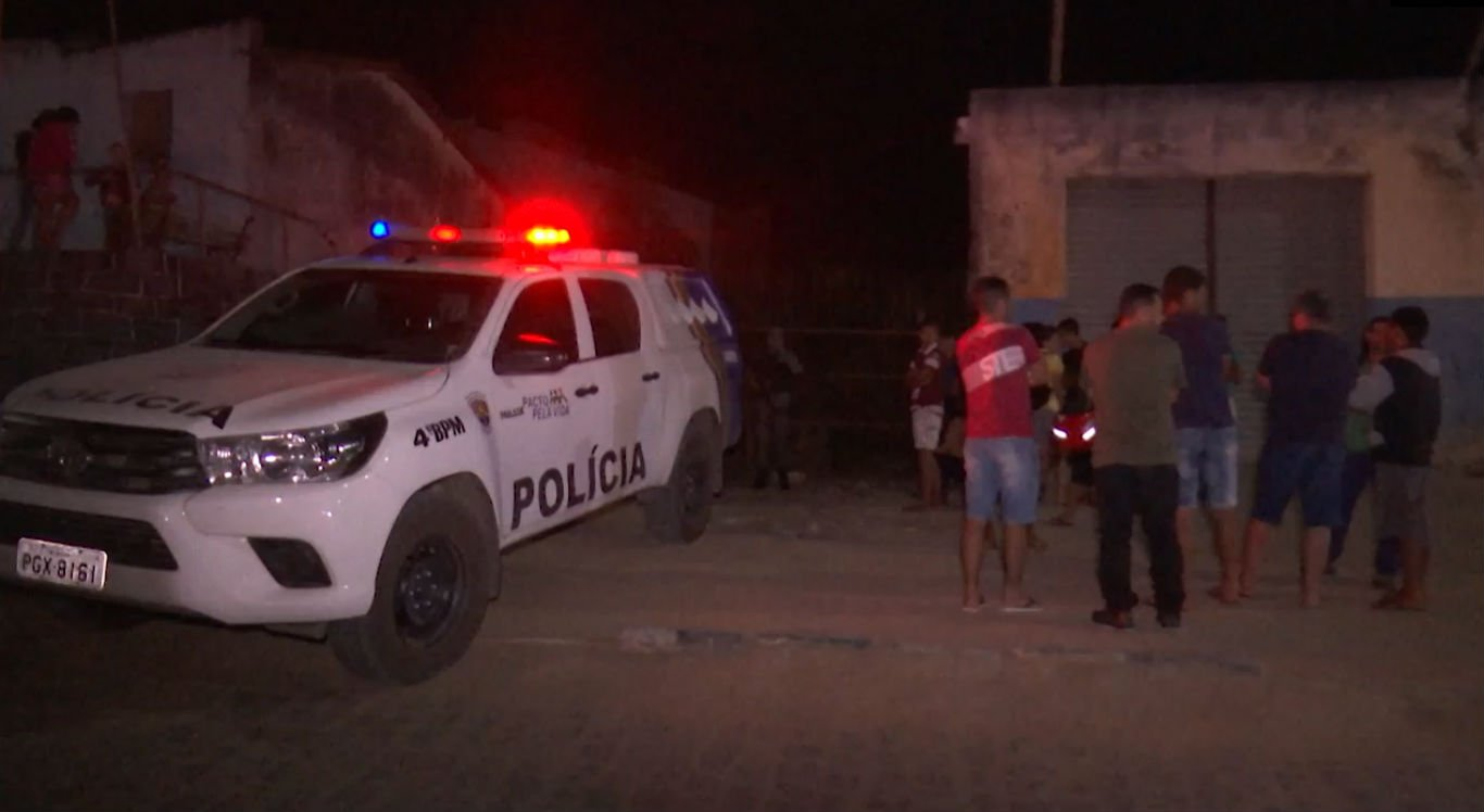Na última sexta-feira, dois jovens foram assassinados no bairro Novo