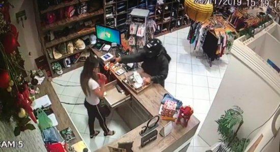 Polícia prende suspeito de matar ex-namorada com tiro na cabeça