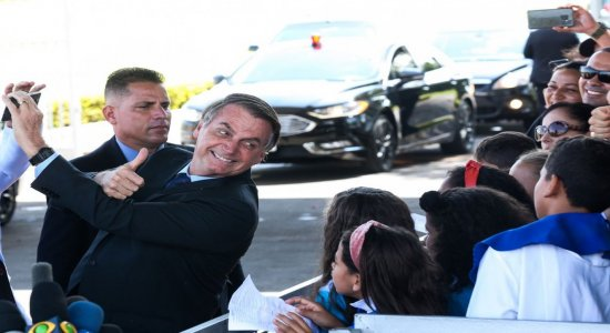 Jair Bolsonaro volta a defender indulto natalino a policiais