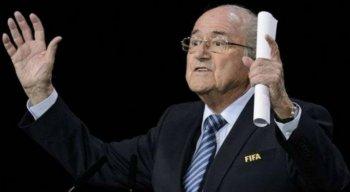 Blatter renunciou ao quinto mandato na Fifa após as denúncias de corrupção