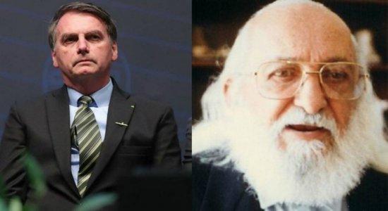 Bolsonaro chama Paulo Freire de ''energúmeno'' e diz que programação da TV Escola ''deseduca''