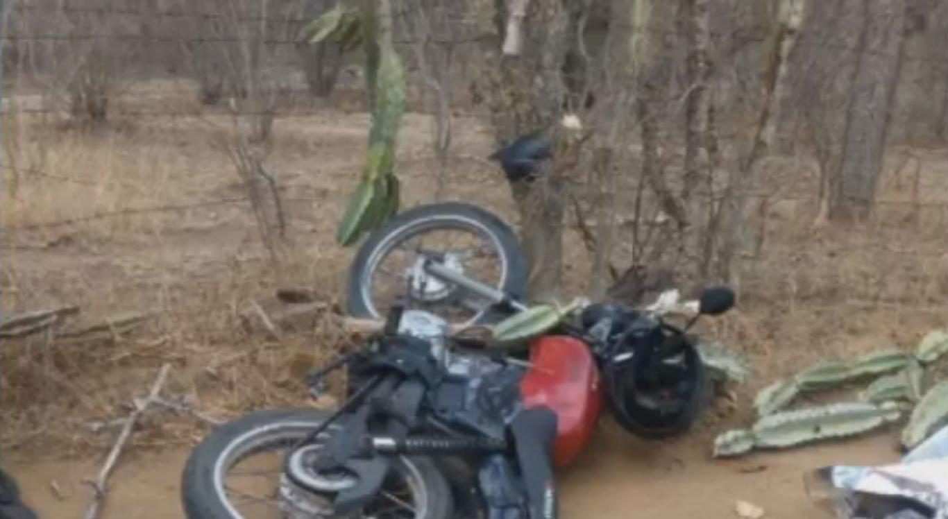 Motociclista bateu em pé de mandacaru