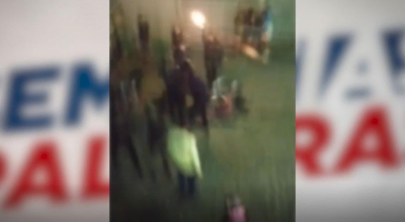 Tiros foram efetuados pela Polícia Militar na frente da casa do suspeito