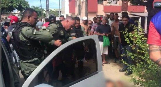 Perseguição e tiroteio terminam com quatro pessoas detidas em Cajueiro