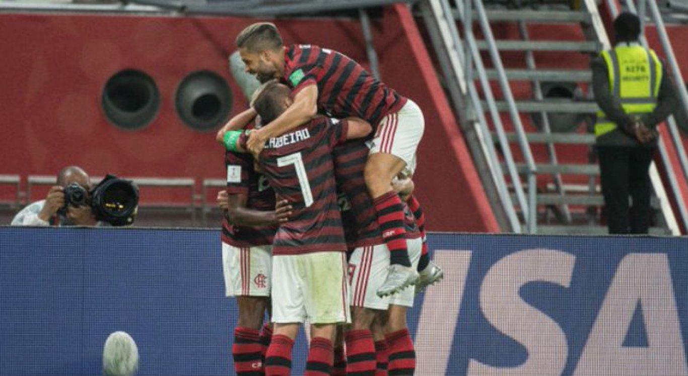 A equipe brasileira venceu o Al Hilal por 3 a 1 na semifinal