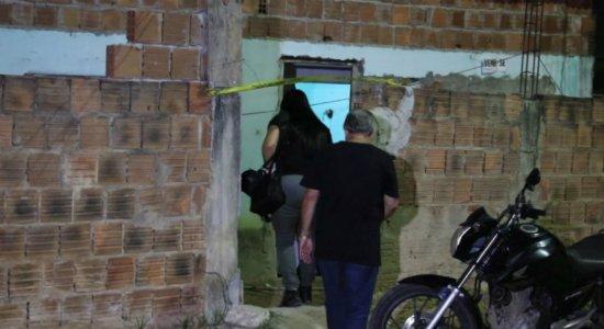 Ajudante de pedreiro é morto com 30 tiros dentro de casa em Paulista