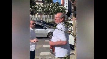 Ciro Gomes responde provocações de apoiadores do presidente Jair Bolsonaro