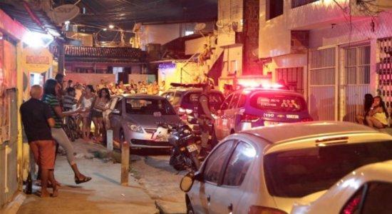 Jovem é perseguido e assassinado perto de casa em Tejipió